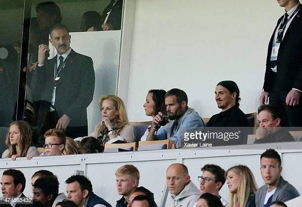 Helena Seger Olof Mellberg and Zlatan Ibrahimovic attend the French Ligue 1 game between Paris SaintGermain FC and Stade de Reims at Parc Des Princes...