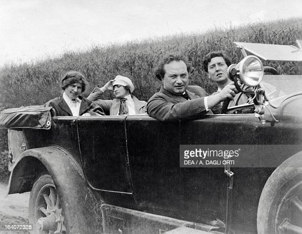 Helene Berg Alma Mahler Franz Werfel and Alban Berg photographed in a car Vienna Alban Berg Stiftung