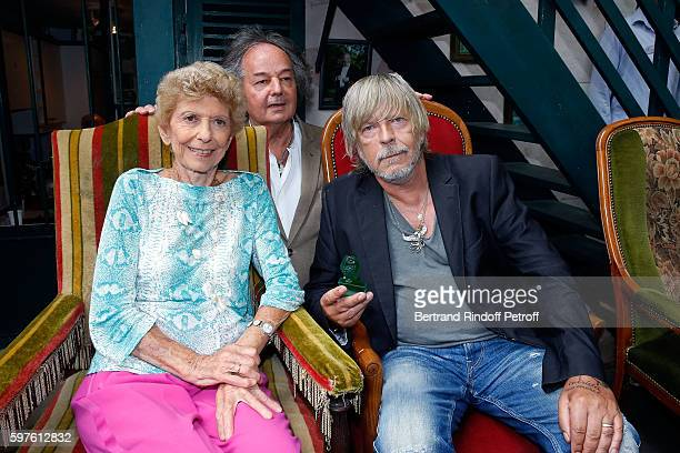 Helene Carrered'Encausse and Renaud attend 21th 'la Foret des Livres' Book Fair at ChanceauxpresLoches on August 28 2016 in Loches France
