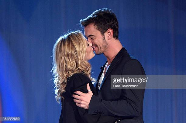 Helene Fischer and Florian Silbereisen seen kissing during the TVShow 'Das Herbstfest der Traeume' at Messe Erfurt on October 12 2013 in Erfurt...