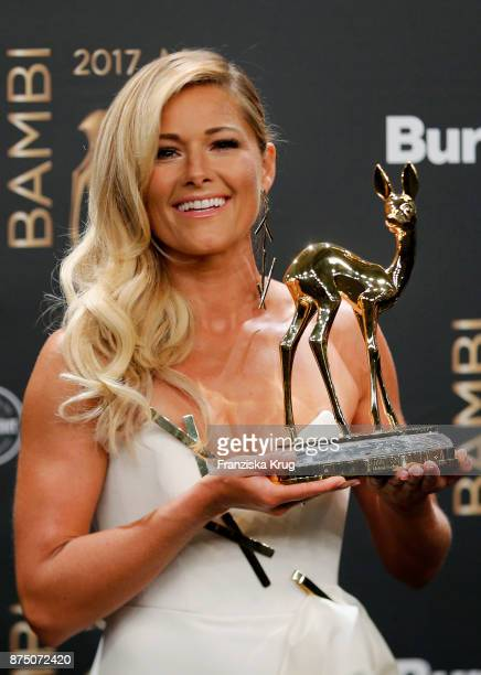 Helene Fischer poses with an award at the Bambi Awards 2017 winners board at Stage Theater on November 16 2017 in Berlin Germany