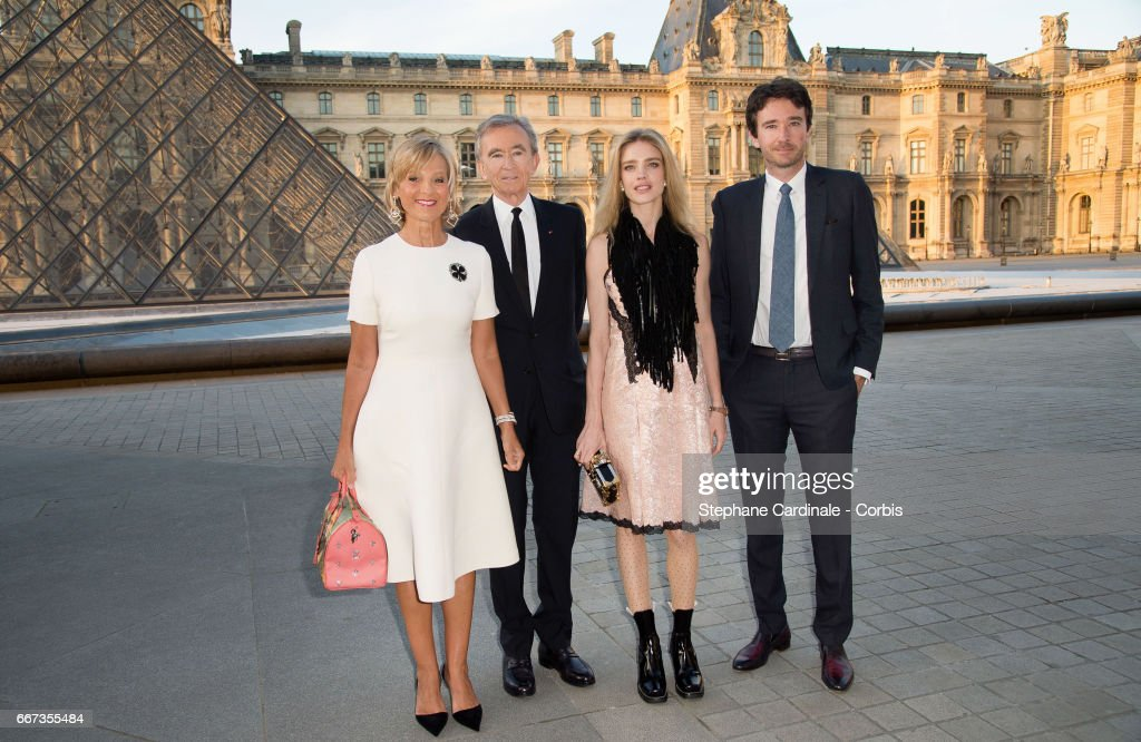 Louis Vuitton Hosts Dinner At Musee du Louvre : News Photo