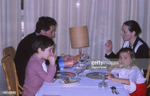 Helenio Herrera the Argentine trainer of the FC Barcelona with his family Barcelona Spain