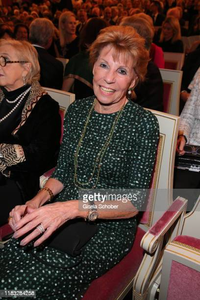 Helga Kreitmair at the opera premiere of Die tote Stadt by Erich Wolfgang Korngold at Bayerische Staatsoper on November 18 2019 in Munich Germany