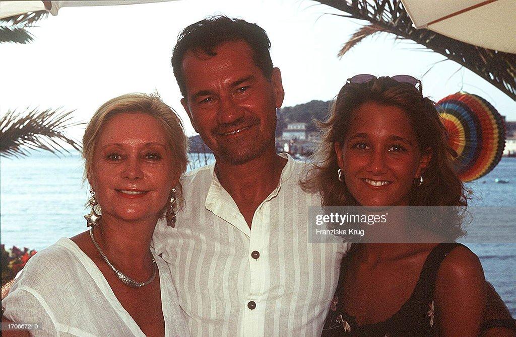 Helga Manfred Lehmann Mit Tochter Dascha Bei Dreharbeiten