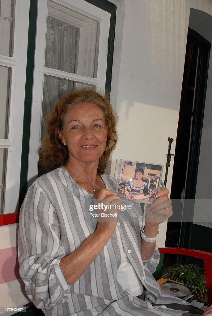 Helga Schlack