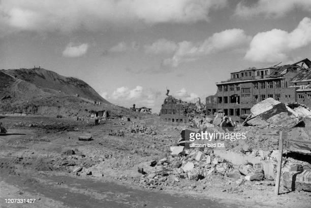 Destroyed Biological Research Station Vintage property of ullstein bild 22