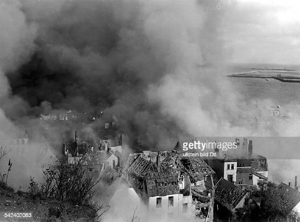 Helgoland nach dem britischen Bombenangriff vom