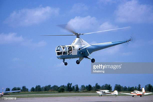 helicopter 1964 sikorsky h5 - sikorsky helicopter stock pictures, royalty-free photos & images