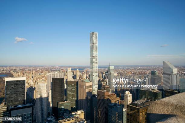helicopter aerial view of new york city - パークアベニュー ストックフォトと画像