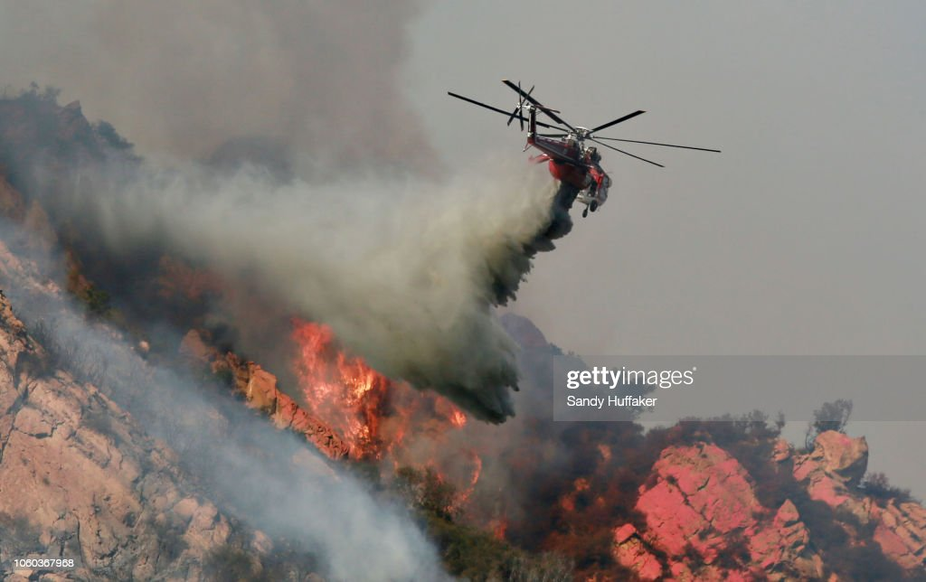 250,000 Evacuated In Southern California As Woolsey Fire Torches Over 80,000 Acres : News Photo