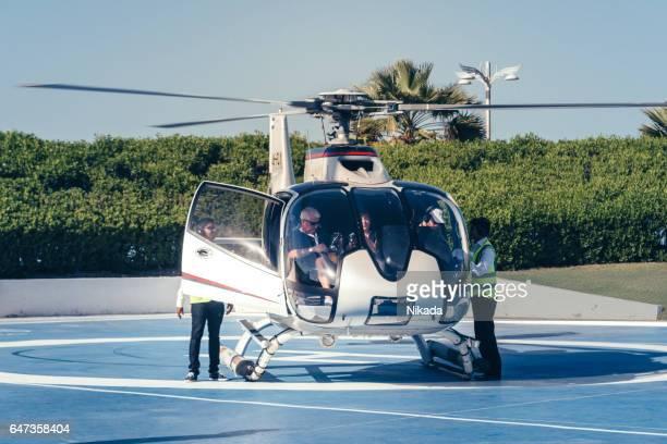ドバイでのヘリコプター