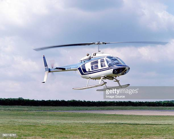 helicopter landing - helicopter photos stock pictures, royalty-free photos & images