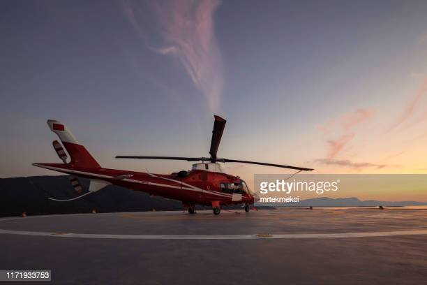 helicopter parking landing on offshore platform, helicopter transfer passenger - helicopter stock pictures, royalty-free photos & images