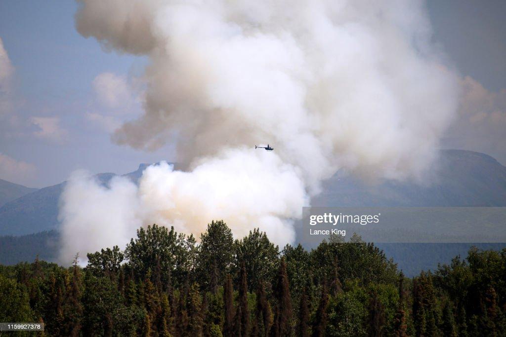 Wildfire Burns In Alaska During Heatwave : News Photo