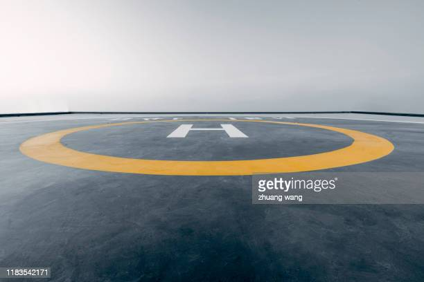 helicopter platform - wang he stock pictures, royalty-free photos & images