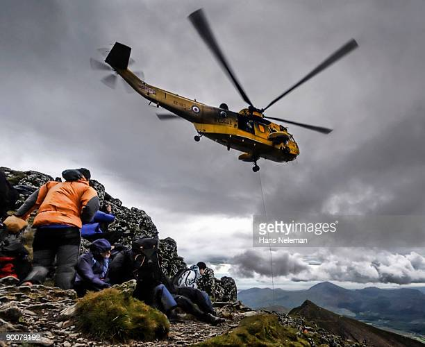 helicopter rescue on mount snowdon - saving stock pictures, royalty-free photos & images