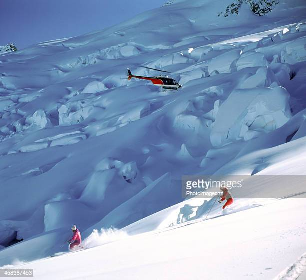 heliskiing, tyndall glacier, nova zelândia - wanaka - fotografias e filmes do acervo