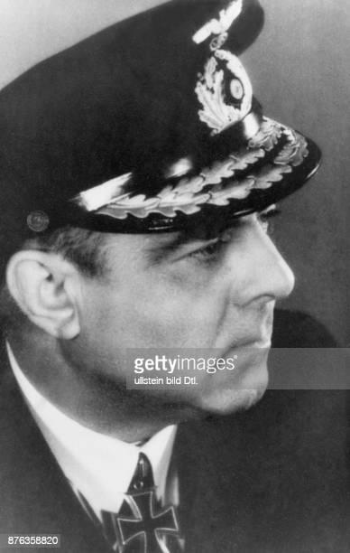 Hellmuth Heye Vice Admiral Officer Deutsches Reich with the Ritterkreuz of the Cross of Iron