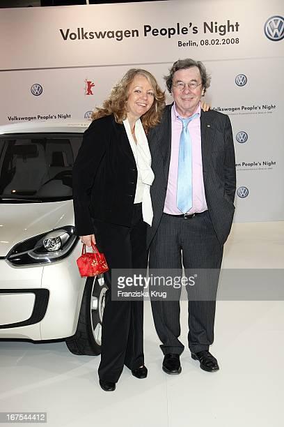 Hellmuth Karassek Und Ehefrau Armgard Bei Der Vw People'S Night In Der Akademie Der Künste Am Rande Der Berlinale In Berlin Am 080208