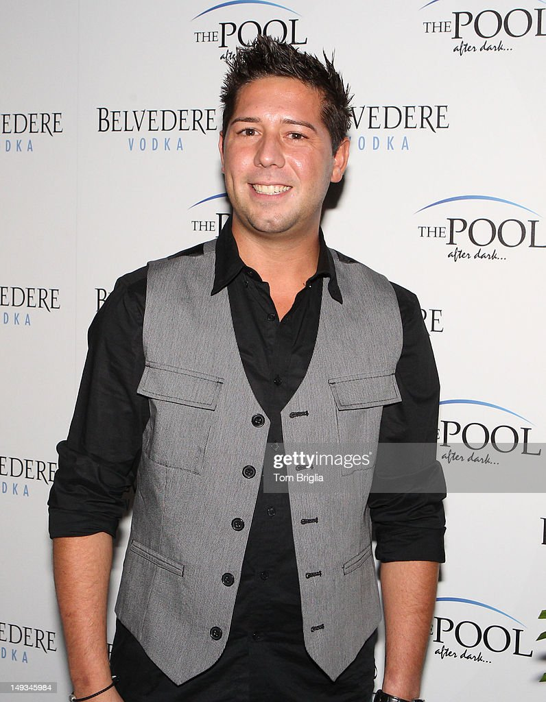 Hell S Kitchen Contestant Justin Antiorio Attends The 2012 Atlantic News Photo Getty Images