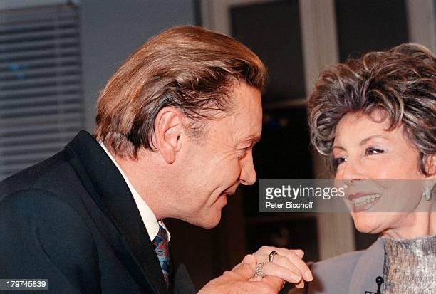 Helmut Berger mit Sonja ZiemannARDTalkshow Boulevard BioThema Diegroße Liebe