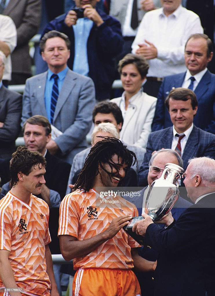 Helmut Kohl,(R) Ruud Gullit (C) ,Berry van Aerle during the European Championship final between Netherlands and USSR at the Olympia Stadium, June 25, 1988 in Munich, Germany.