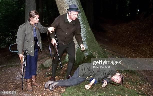Helmut Rühl Michael Gahr Uwe Friedrichsen ARDKrimiReihe Die Männer vom K3 Folge 15 Halali für einen Jagdfreund am in Hamburg Deutschland