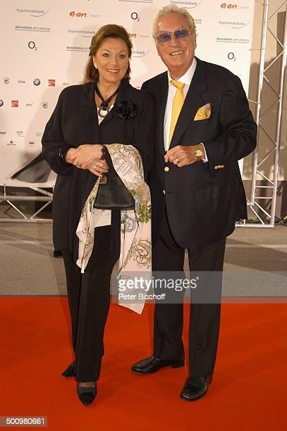 Helmut Ringelmann Ehefrau Evelyn Opela ZDFStudiofest Isarflimmern München roter Teppich Schauspielerin Produzent Filmproduzent Promi Promis...