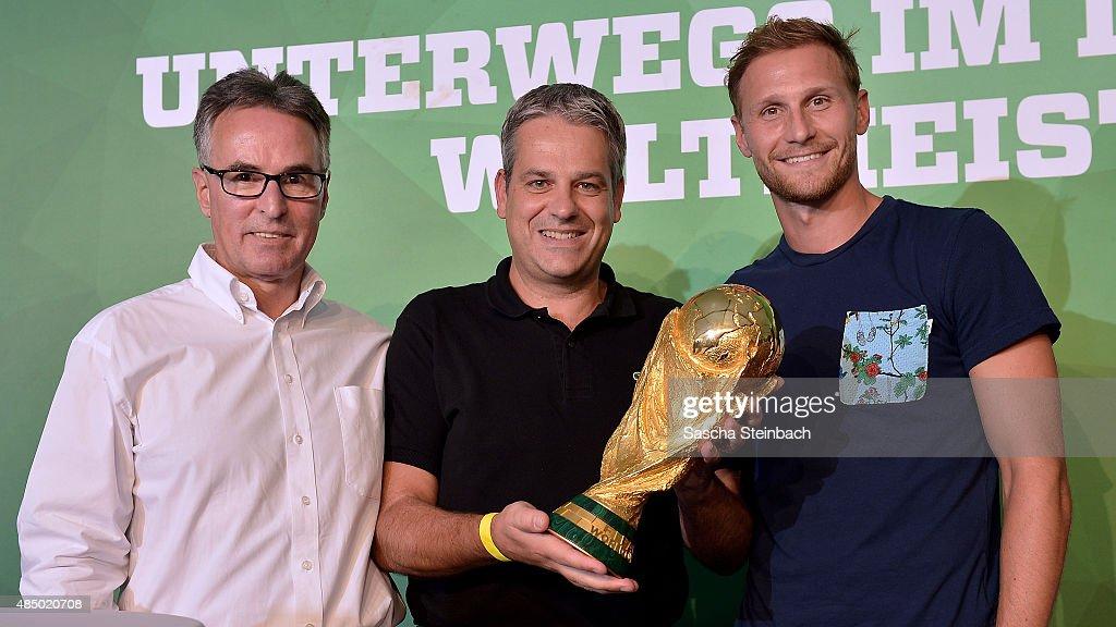 Abschlussveranstaltung Fussballmuseum  - DFB Ehrenrunde