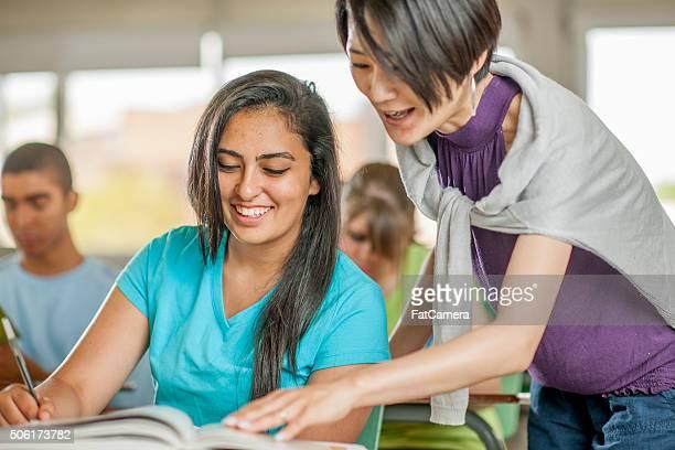Ayudar a un estudiante con una pregunta