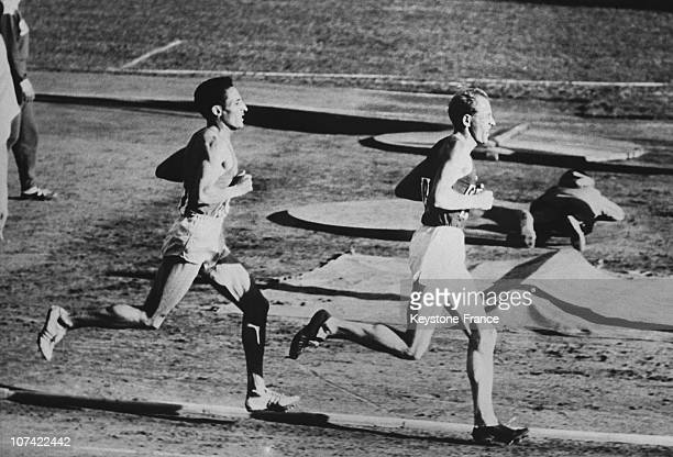 Helsinki Olimpic Games Czech Emil Zatopek Before The French Alain Mimoun In The 10 000 Metres Race On 1952