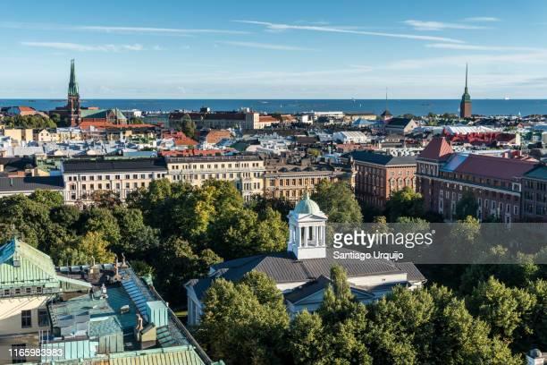 helsinki skyline - ヘルシンキ ストックフォトと画像