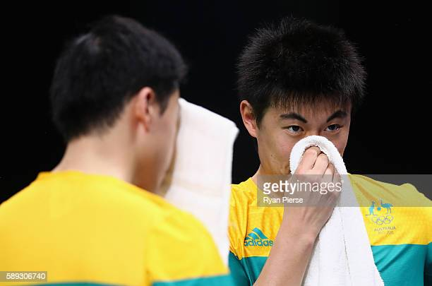 Heming Hu and Xinduring Yan of Australia loook dejected during the Table Tennis Men's Team Round One Match between Australia and Hong Kong during Day...