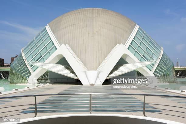 hemisferic a cidade das artes e ciências em valencia, espanha - valência espanha - fotografias e filmes do acervo