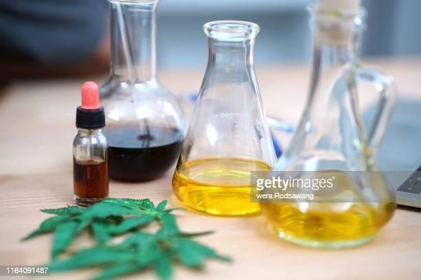hemp oil extract - カンナビジオール ストックフォトと画像