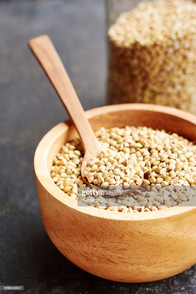 Hemp seeds in a wooden bowl : Foto de stock