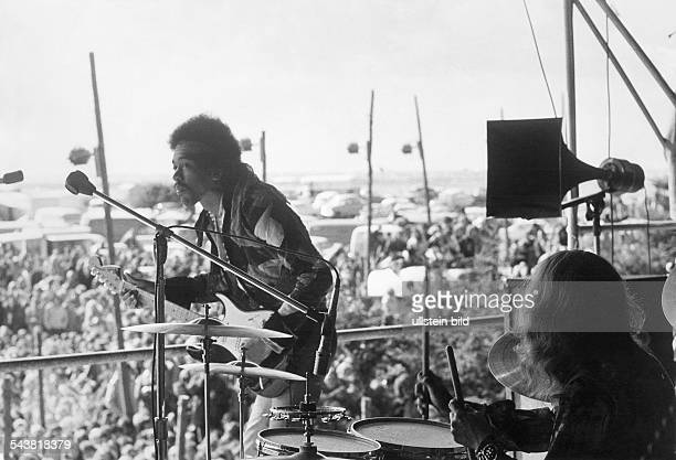 Hendrix, Jimi - Musician, Rock music, USA - 'Love and Peace Festival' in Fehmarn/Germany - Hendrix and drummer Mitch Mitchell