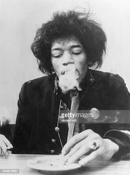 Hendrix, Jimi - Musician, Rock music, USA - portrait - 1960s