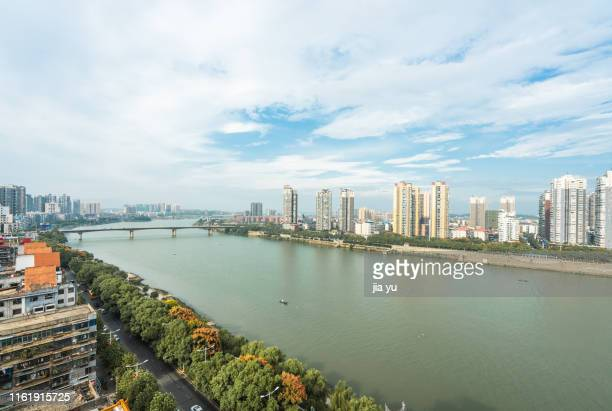 hengyang city, hunan province, china, september 17, 2018. the city scenery of hengyang city was photographed from a high place. the xiangjiang river passed through the city. - hunan province stock pictures, royalty-free photos & images