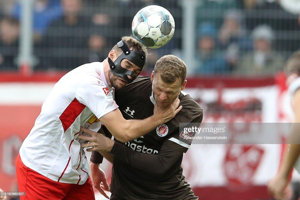 SSV Jahn Regensburg v FC St. Pauli - Second Bundesliga : ニュース写真