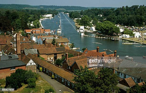 henley-on-thames during regatta or boat race - berkshire england stock pictures, royalty-free photos & images