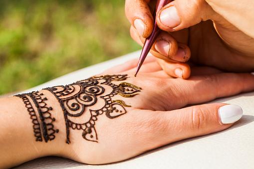 henna drawing mehendi 889019946