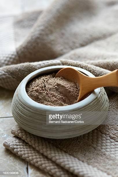 henna powder for hair care