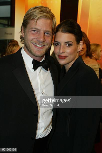 Henning Baum Elena Uhlig Verleihung Deutscher Fernsehpreis 2003 Coloneum Köln NordrheinWestfalen Deutschland Europa Roter Teppich Gala...
