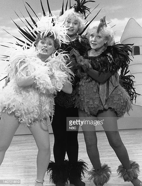GIRLS Henny Penny Straight No Chaser Episode 26 Pictured Rue McClanahan as Blanche Devereaux Bea Arthur as Dorothy Petrillo Zbornak Betty White as...