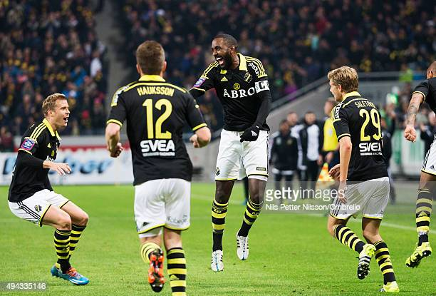 Henok Goitom celebrates after scoring 10 during the Allsvenskan match between AIK and IFK Goteborg at the Friends arena on October 26 2015 in Solna...