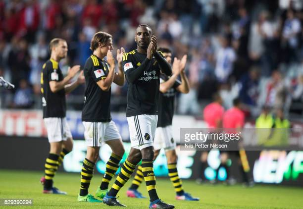 Henok Goitom of AIK cheers to the fans after the Allsvenskan match between IFK Goteborg and AIK at Gamla Ullevi on August 10 2017 in Gothenburg Sweden