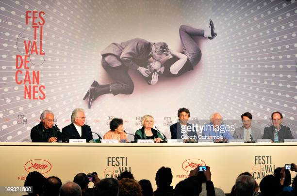 Henri Behar Ron Yerxa Angela McEwan actress June Squibb director Alexander Payne actor Bruce Dern Will Forte and Albert Berger attend the 'Nebraska'...