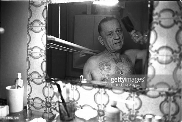 Henri Charriere Known As Papillon Writting His Memoirs Henri CHARRIERE est arrêté sans preuves en 1930 pour le meurtre d'un truand montmartrois puis...